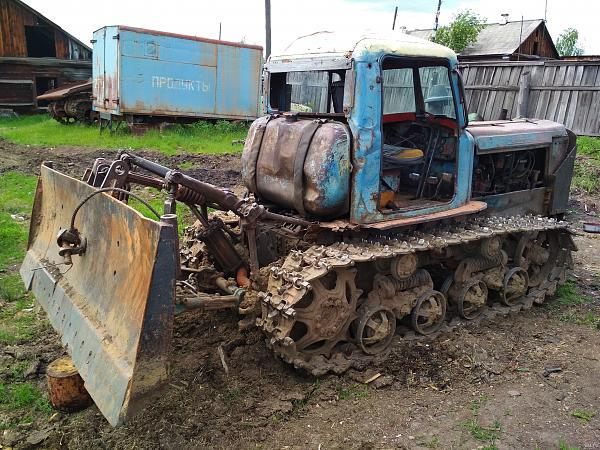 Нажмите на изображение для увеличения.  Название:traktor-dt-75-2-11655615.jpg Просмотров:367 Размер:253.2 Кб ID:34332