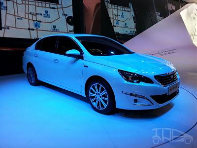 Нажмите на изображение для увеличения.  Название:Peugeot-408-sedan-front-three-quarters-at-Auto-China-2014-1024x768.jpg Просмотров:401 Размер:138.4 Кб ID:15981