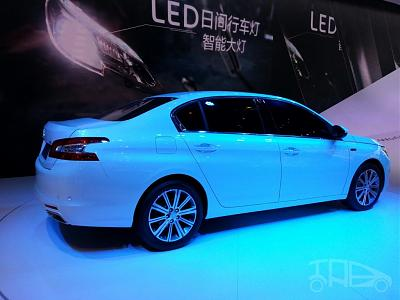 Нажмите на изображение для увеличения.  Название:Peugeot-408-sedan-rear-three-quarters-at-Auto-China-2014-1024x768.jpg Просмотров:388 Размер:126.1 Кб ID:15983
